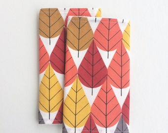 ORGANIC Baby Carrier Drool Pads (for Ergo, Beco, Boba, Tula, Lillebaby, etc.) | Leaves, Woodland