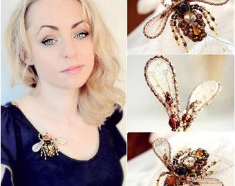 Honey Bee brooch, Honey Bee Jewelry Chocolate brown Gold Bee jewelry art Anniversary gift for wife, Retirement gift, Birthday gift for her