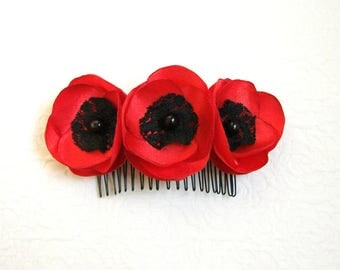 Poppy hair comb Flower hair comb Red hair comb Hair accessory Red Bridal Red hair comb Bridesmaids hair comb Shabby Chic Flower comb Poppies