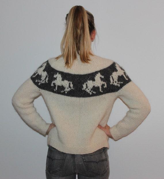 Pure new Icelandic wool, zipper cardigan - Icelandic tölting horse