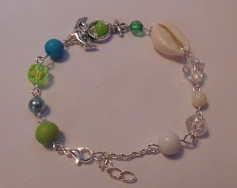 Seaside Inspired Anchor Shell Bracelet