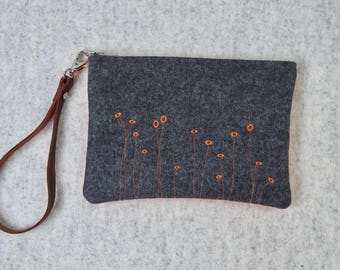 Orange and Grey Felt Pouch, Felt Handbag, Wool Zipper Pouch, Orange Cosmetics Bag, Grey/Orange Felt Clutch