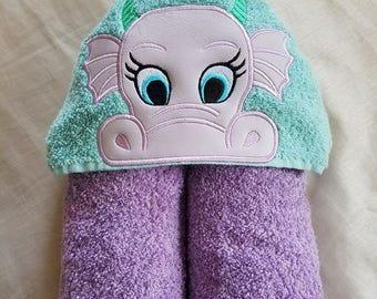 Kids Hooded Towel,Dragon Girl Hooded Towel,Child's Hooded Towel,Personalized Hooded Towel,Hooded Bath Towel,Hooded Beach Towel,Ready To Ship