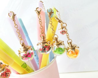Kawaii pens with cute fruit pendants (available in 5 colors), strawberries, watermelons, oranges, apples, kiwis