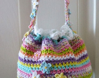 crochet little girl bag, drawstring bag, over the shoulder toddler handbag, gift for Easter / Birthday, playing dressup, spring summer purse