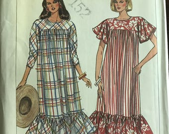Simplicity 8012 - 1980s Easy to Sew Loose Fitting and Yoked Summer Dress with Three Quarter Length or Short Flutter Sleeves - Size Medium