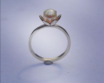 Pearl Ring, Sterling silver Ring, lotus flower and Pearl ring, handmade in lincolnshire