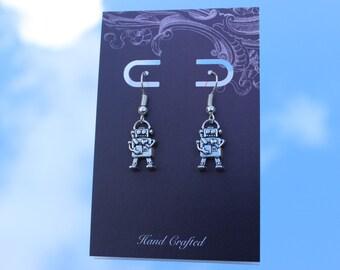Robot earrings, robot dangle earrings, Geek Jewellery, Nerd Earrings, Steampunk Earrings, Quirky Earrings, Valentines Jewellery, Retro, Cute