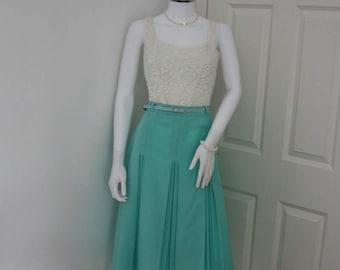 Pastel green semi pleated skirt, 1970's midi skirt, vintage green skirt, 70's skirt, pastel skirt, summer skirt, high waisted skirt, indie