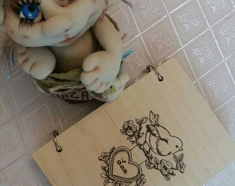 Wooden memo pad with engraving