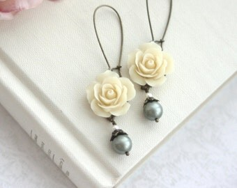 Beige Flower Earrings Powder Green Pearl Dangle Earring Rustic Nature Garden Country Romantic Flowers Wedding Bridesmaid Gift Green Wedding
