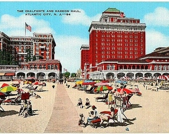 Atlantic City Vintage Postcard - At the Beach in Atlantic City (Unused)