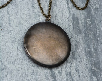 Simple Locket Necklace, Man's Dark Antique Locket Round Vintage Necklace, Brass Locket, Men's Necklace Long Pendant, Large Locket Jewelry