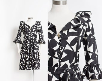 Vintage 60s Dress - Black & White Silk Printed Ruffle Day Dress 1960s - Large