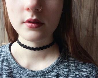 Black wavy choker necklace | Black zig zag choker | Layering choker | Tattoo choker | Simple choker | Edgy choker |