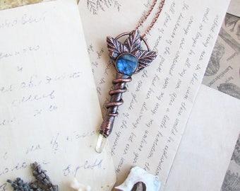 Woodland Key Necklace - Labradorite Jewelry - Witchcraft necklace - Fantasy Jewelry - Nature Necklace - Crystal Jewelry - Copper Necklace