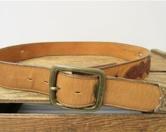 Nocona Texas Vintage Tan & Brown Tooled Leather USA Western Concho Belt Size 32