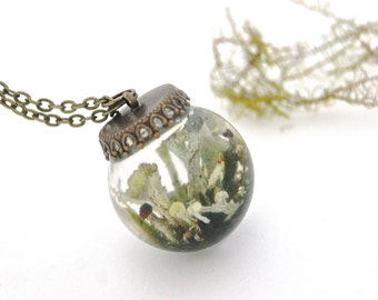 Woodland Necklace. Nature jewellery. Forest jewellery. Resin Sphere. Lichen necklace, Terrarium necklace. Gift for her. By OCEAN PETALS