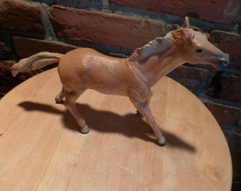 Hard plastic horse 1395, Brown toy horse, play horse, toy horse