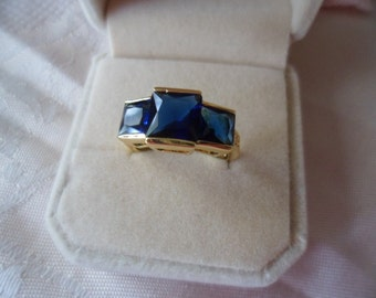 Retro vintage Gold Ring with Sapphire Dark Blue and White stones ring size Q