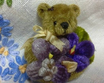 SALE (this weekend only)Miniature bear brooch with vintage flowers