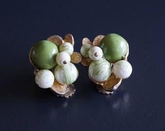 Vintage Clip On Earrings// Vintage Jewellery.