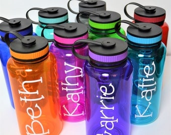 Personalized Bottle // Kids Water Bottle // Large Water Bottle // Team Water Bottles // 34oz Bottle // Bridesmaid Water Bottles //