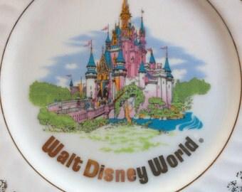 Disney Souvenir Plate,Collectible Plate,Walt Disney World,Travel Souvenir,Wall Decor,Vacation Collectible,Walt Disney Plate,Magic Kingdom