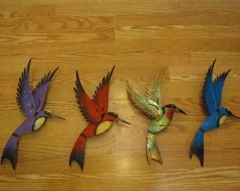 wall hanging humming birds made of metal outdoor or indoor.