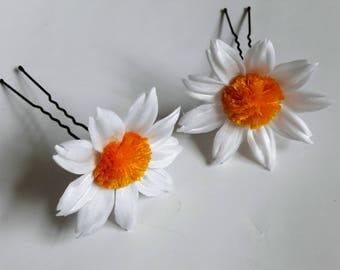 2 silk Daisy flower hair pins