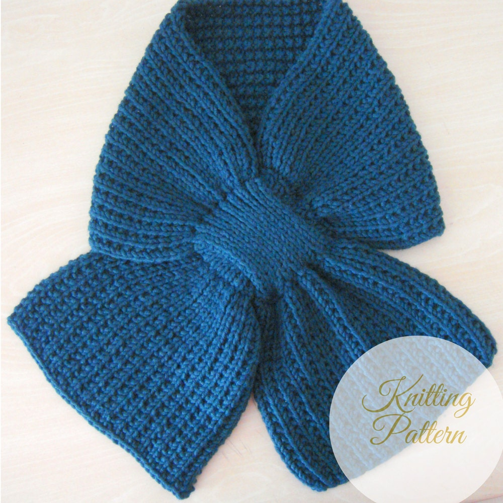 Mens Knit Scarf Pattern Easy : Mens Scarf KNITTING PATTERN PDF Reversible Mens Keyhole Scarf - Men...