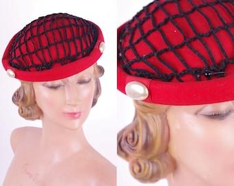 50s Vintage Hat // 50s Vtg Red Felt Carson Pirie Scott Hat Chicago // Day Hat Fascinator Mad Men