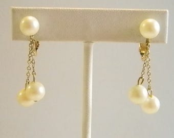 Creamy Pearl Dangle Chain Clip Earrings
