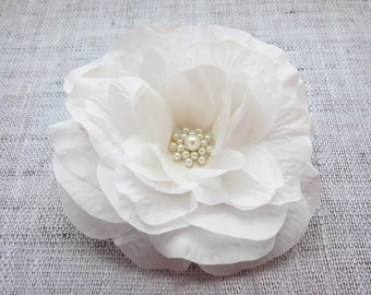 Ivory hair flower Bridal hair flower Wedding hair flower White bridal hair piece Wedding hair clip Orchid hair flower Vintage hair pieces