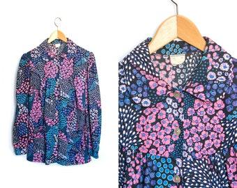 Vintage floral blouse. Bohemian hippie shirt blouse. Floral shirt. Button up shirt. Womens floral shirt. Colorful flower print.
