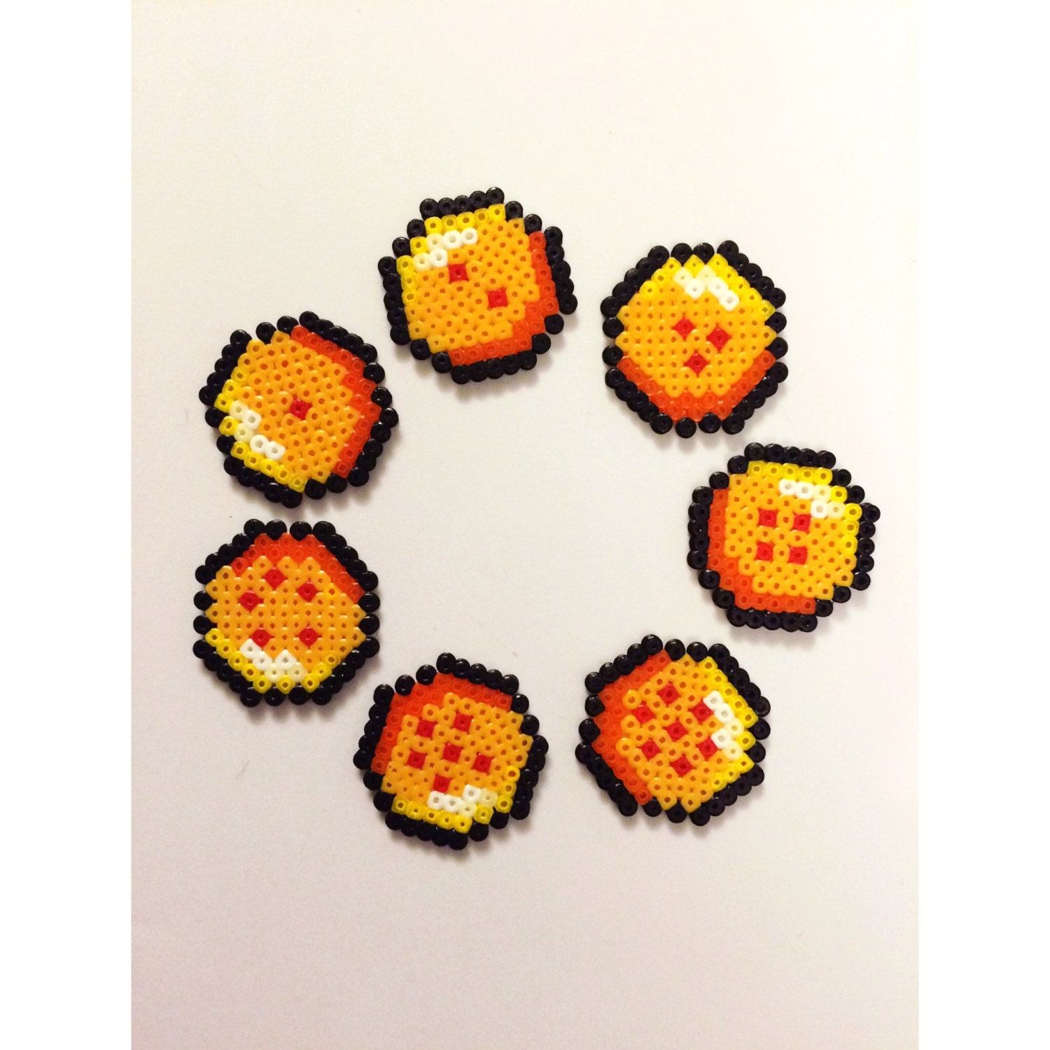 Fabuleux Dragon ball Z balls mini hama bead/perler creation pixel art. SW78