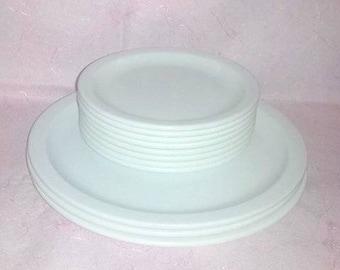 White Melmac Plates, Set of 11,Carlisle,Kingline, Melamine,Vintage,Melmac Plates, RV Life, Glamping,White,Retro Kitchen,Shabby,Picnic