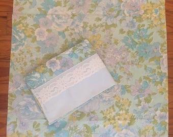 Vintage blue floral pillowcase pair with lace trim, retro blue flower pillowcases, flower power pillowcases, spring time pillowcase pair