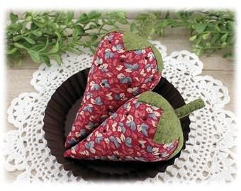 Strawberries Bowl Fillers Cupboard Tucks 2-Set Country Primitive