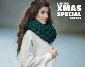 Special XMAS limited collection. Super chunky infinite scarf, cowl. Extra fine merino wool. Ireland color