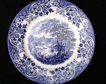 Broadhurst 'The English Scene' Blue and White dinner or display plate 9.5 inches Replacement Excellent