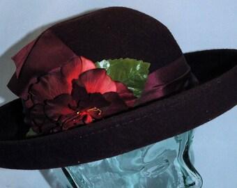 Vintage Women's Betmar Street Smart Hat 100% Wool Size Large          00235