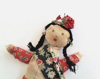 Antique Doll . Primitive Toy . Handmade Primitive Cloth Doll . Folk Doll . Home Decor . Collectible