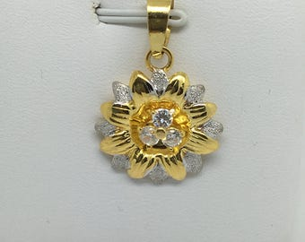 18K Two-Tone Flower CZ Pendant