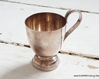 Small Silver Plated Cup Hand Engraved Goblet Vintage Chalice Ornament Goblet silver plated cup wine water chalice Made in England L08/708