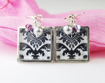 Black and White Damask Square Earrings with Swarovski Pearl and Crystal