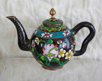 Antique Chinese Qing Dynasty cloisonne teapot