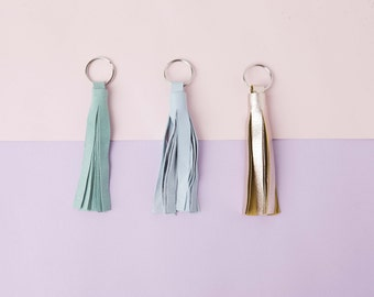Suede Leather Tassel Keychain // Tassel Key Chain // Keyring // Fringe Key Ring // Leather Keychain // Metallic Leather // Gift for Mom