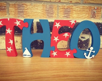 Freestanding jigsaw name (4 letters)