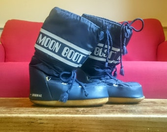 Vintage Retro Original TECNICA Moon Boots UK Size 4 - 5  US Size 37 38 Dark Blue Navy Mid Calf Ladies Womens Girls Boys